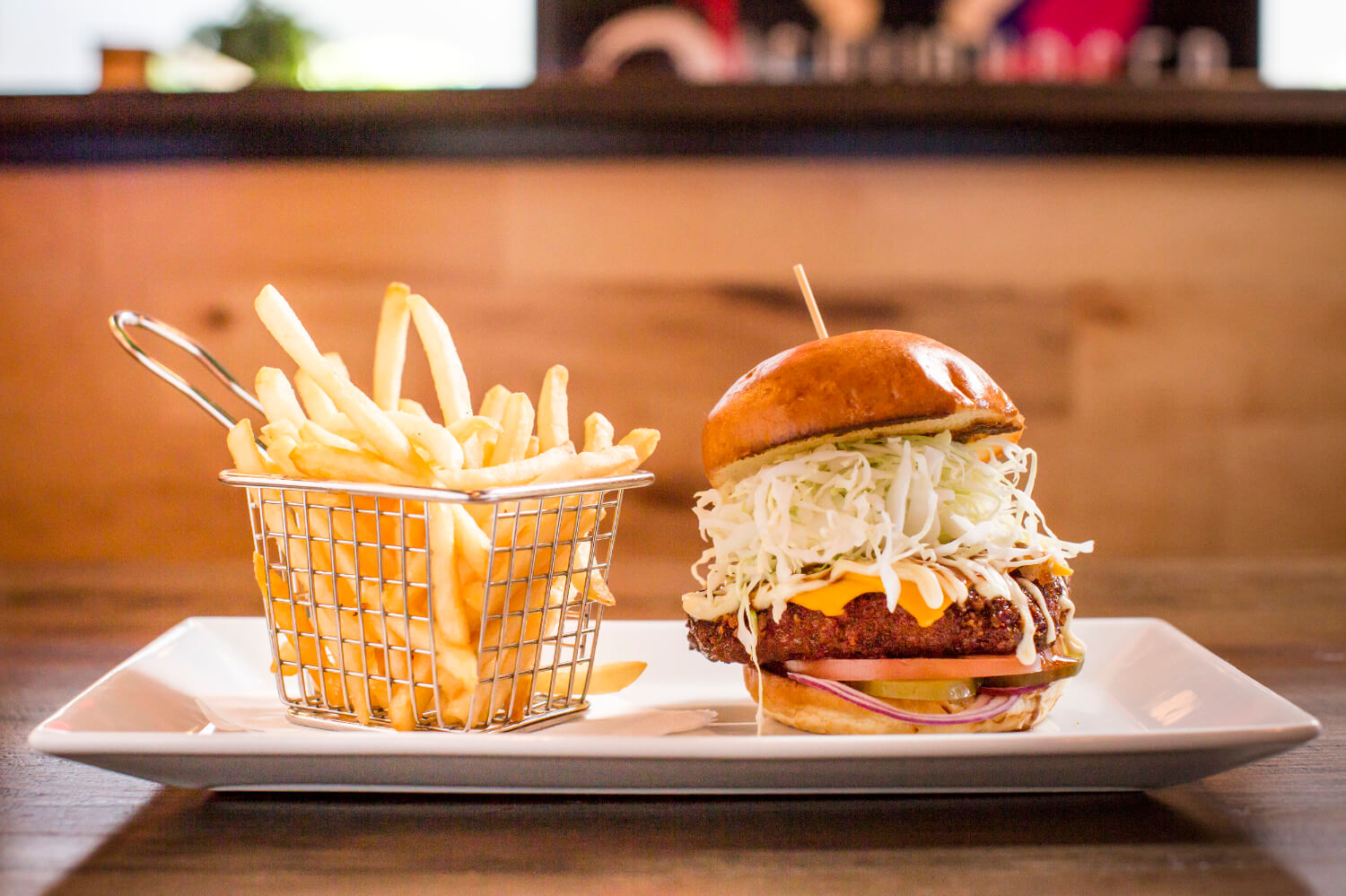 """Oishii Burgers offers fare that lives up to meaning of its name: """"tasty"""""""